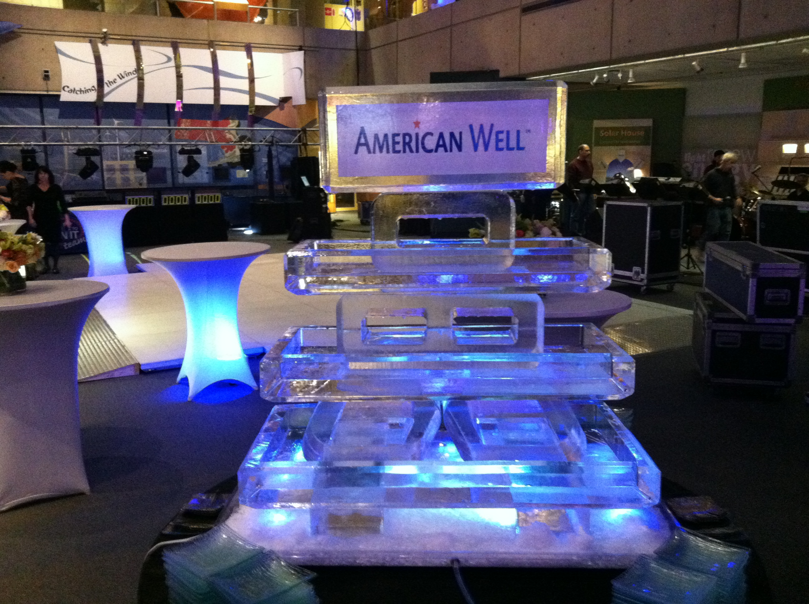 American Well Three Tier Tray
