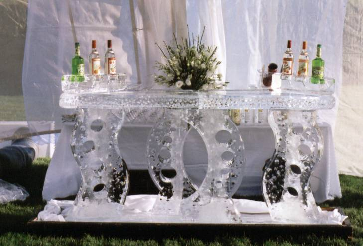 Abstract Full Ice Bar