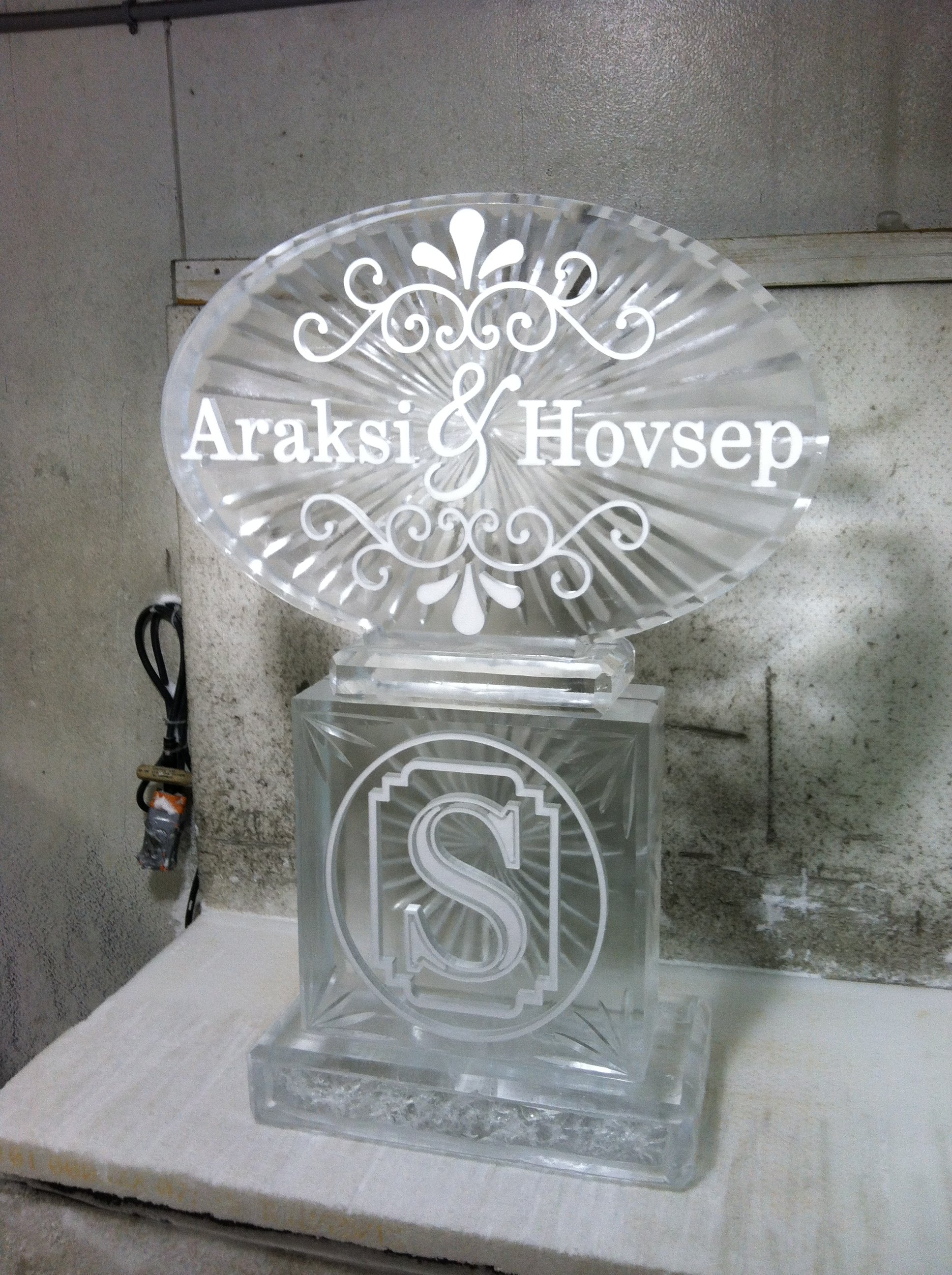 Custom Monogram Snowfill with Names