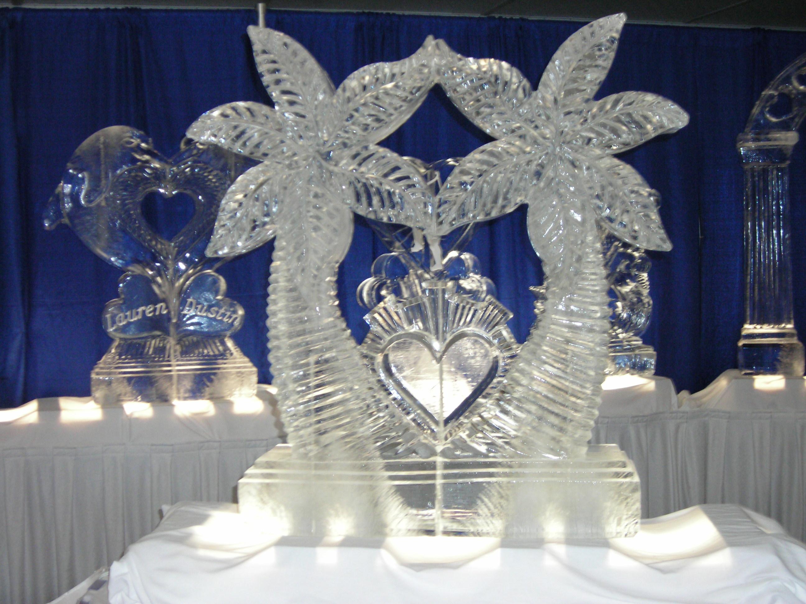 Double Palm Tree Heart